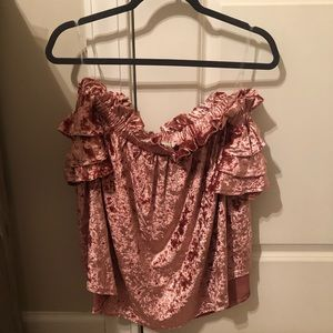 Umgee off shoulder ruffled velvet top NWOT